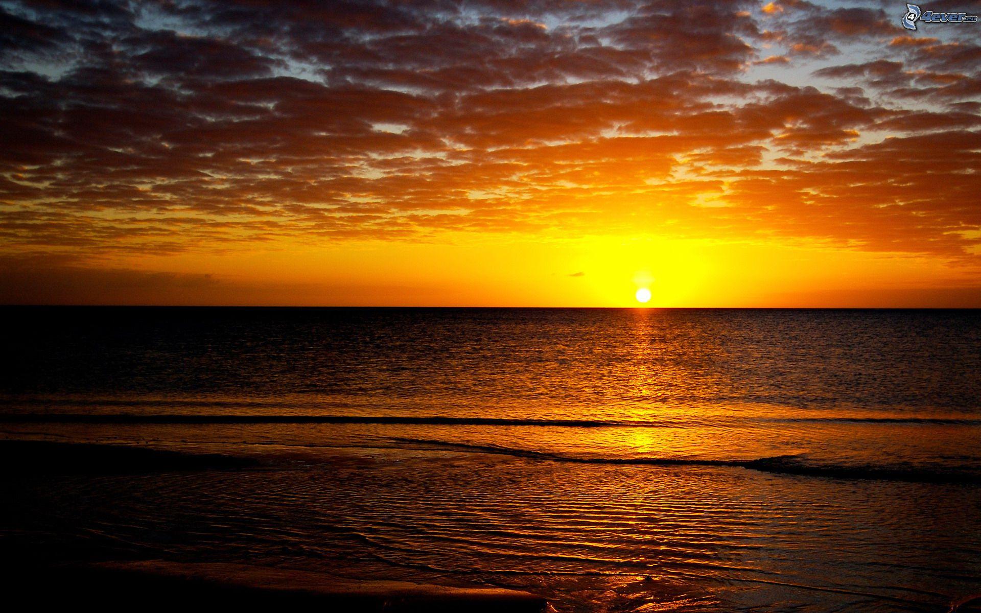Zalazak sunca  - Page 3 Zapad-slnka-nad-oceanom-150882
